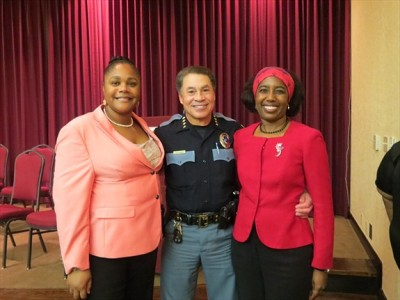 Pictured: Jackie Beard, President, Eta Pi Omega Chapter, Alpha Kappa Alpha Sorority, Inc., El Paso Police Chief Gregg Allen and El Paso Alumnae Chapter President, Christina Ford.